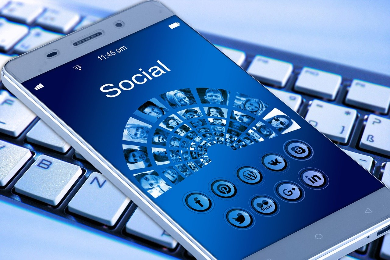 8000 HQ Social Signals for your website boost