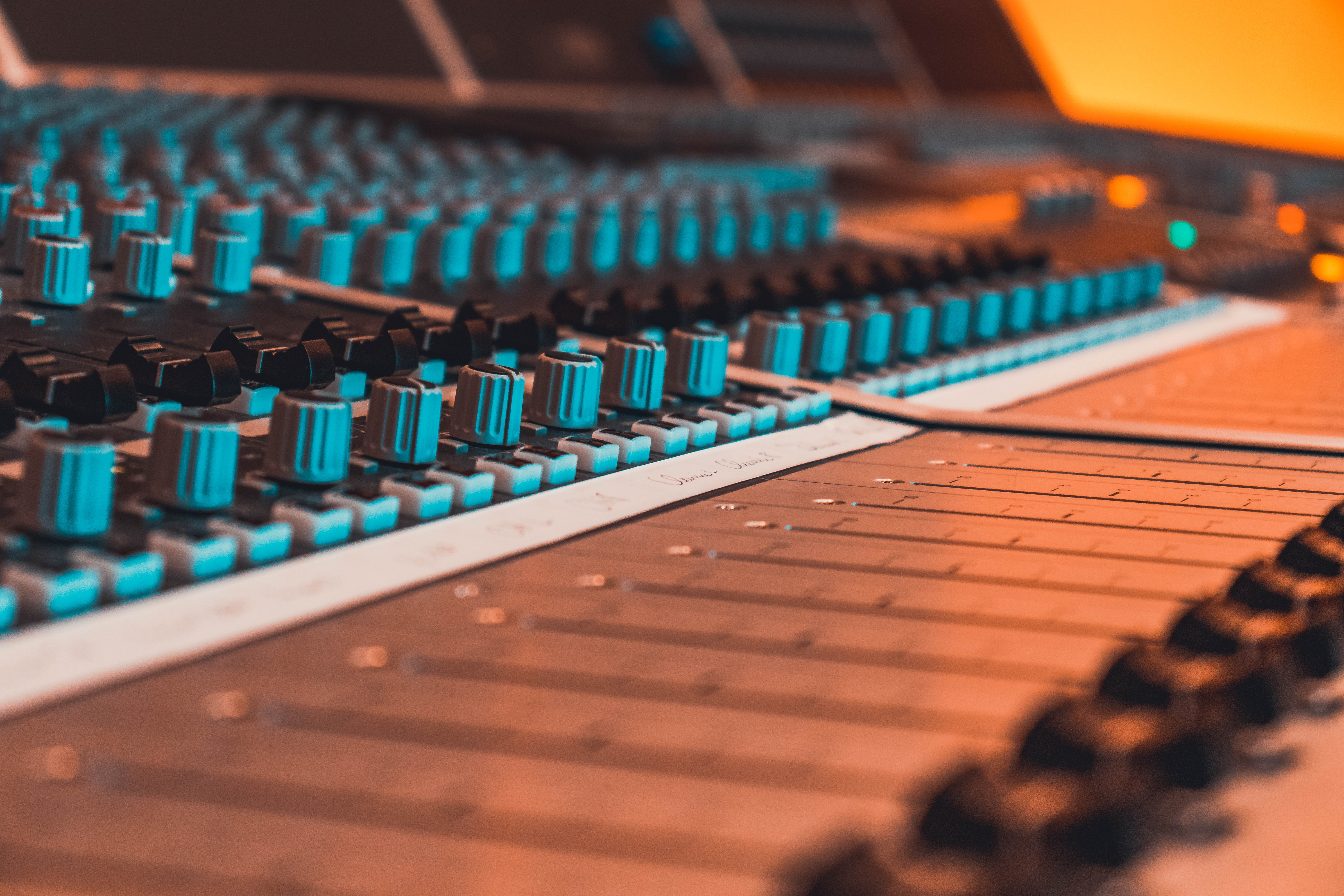 Master Your Track to Radio Quality in 3 Days + Free Promotion
