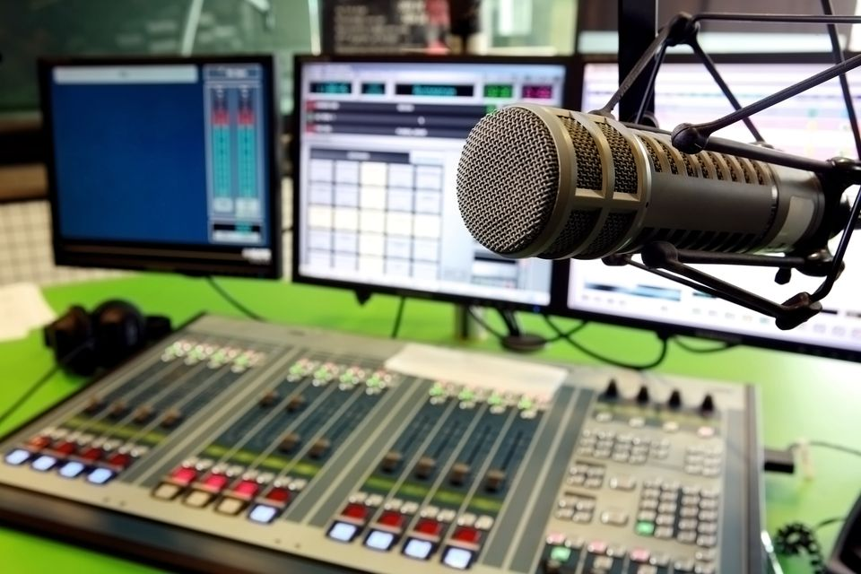 Radio Interview with U.S. or Canadian Station Radio Play Gain Audience