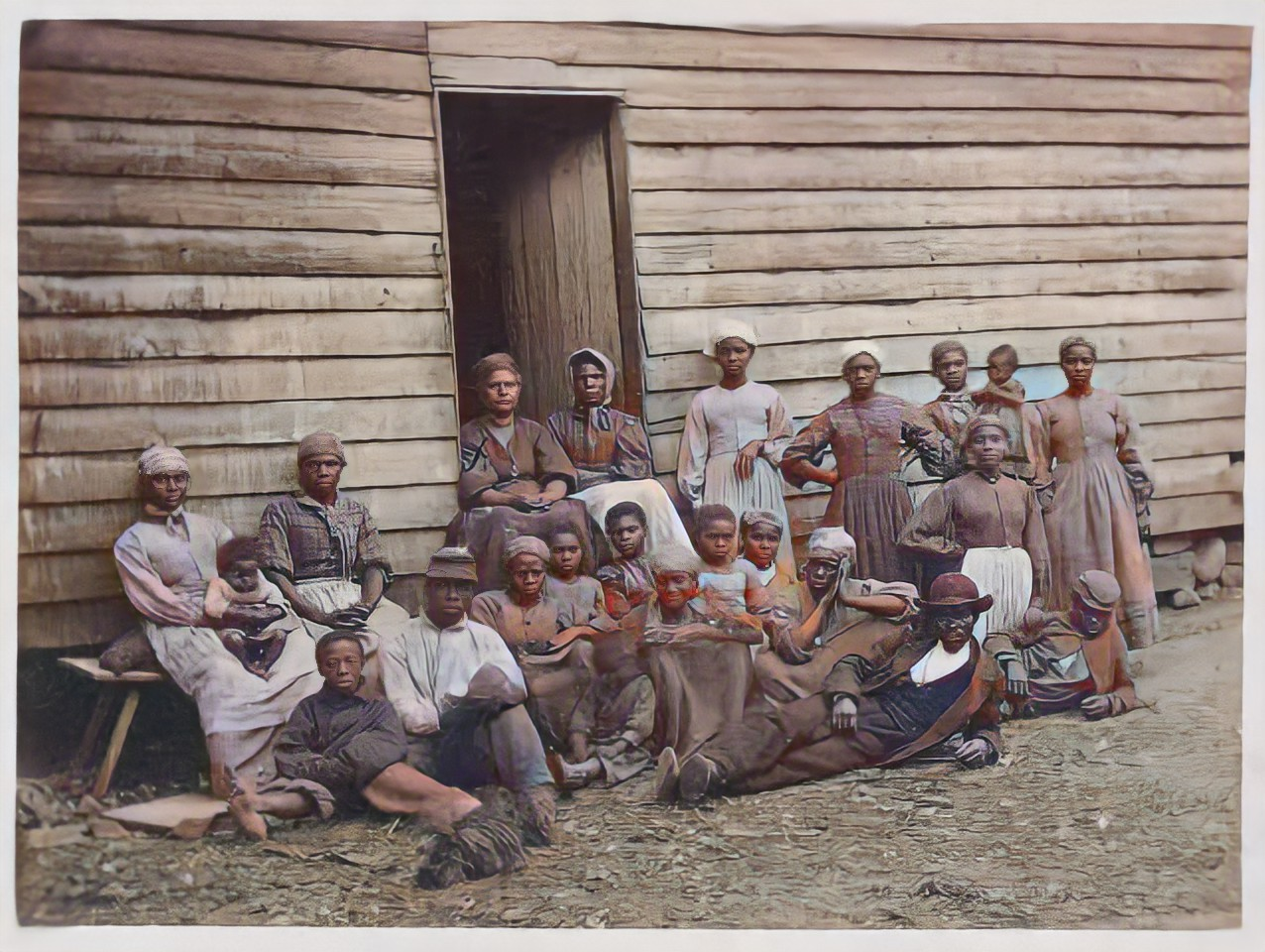 I will restore and colorize your old photos