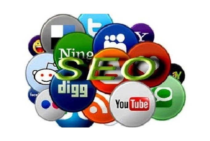 submit your website manually to the top social bookmarking sites and ping it