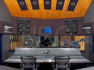 I-Can-Master-Your-Song-To-Top40-Quality-In-a-Million-Dollar-Studio-Via-Pro