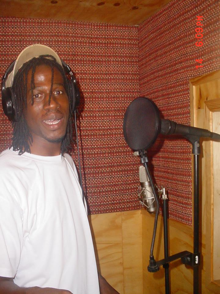 Music you love and enjoy the best of reggae from the heart of jamaica singing sensation Jah bari.