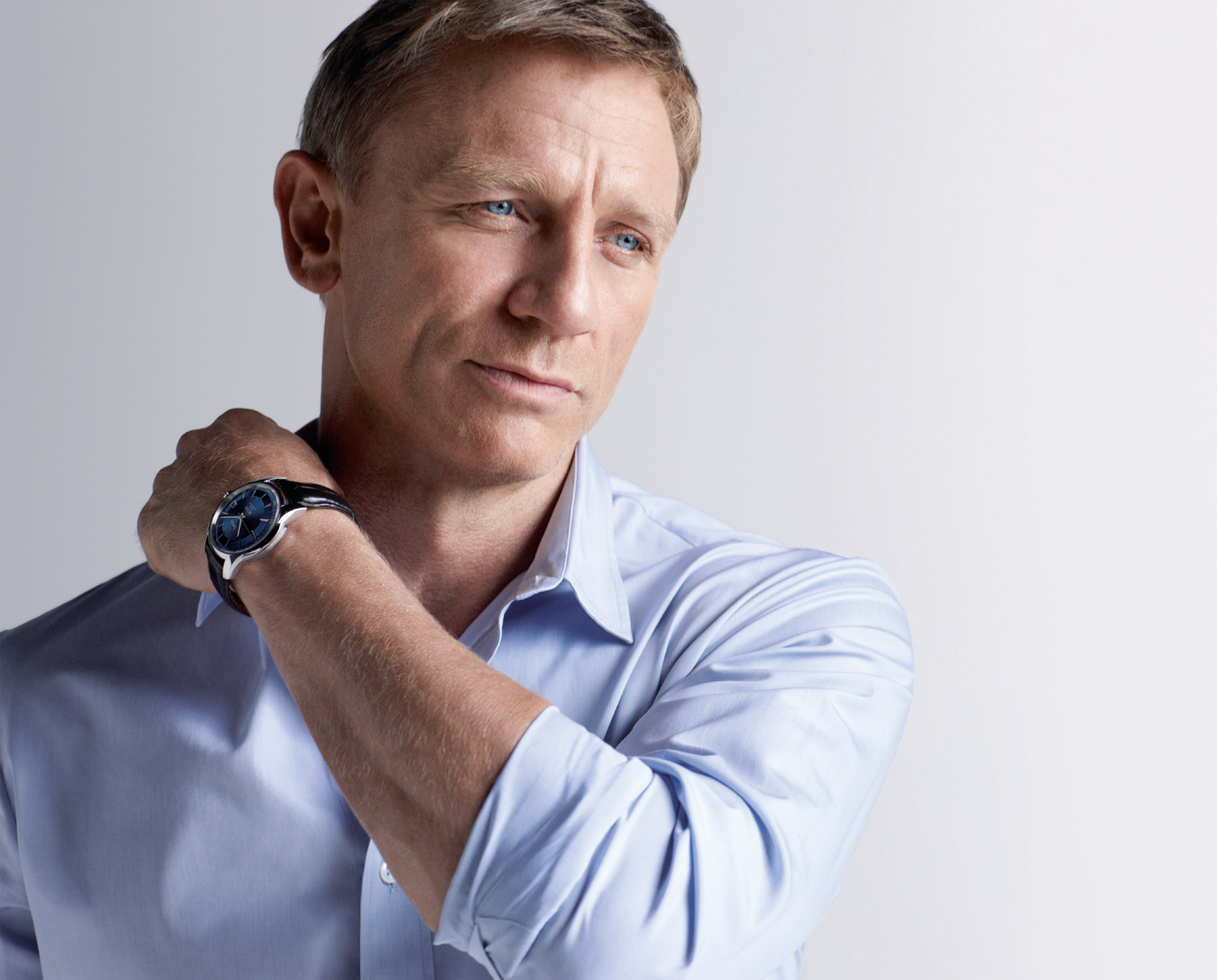 I will submit your website to 40 Web Directories Daniel Craig Pack