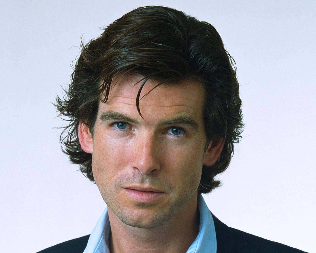 I will submit your website to 40 Web Directories Pierce Brosnan Pack