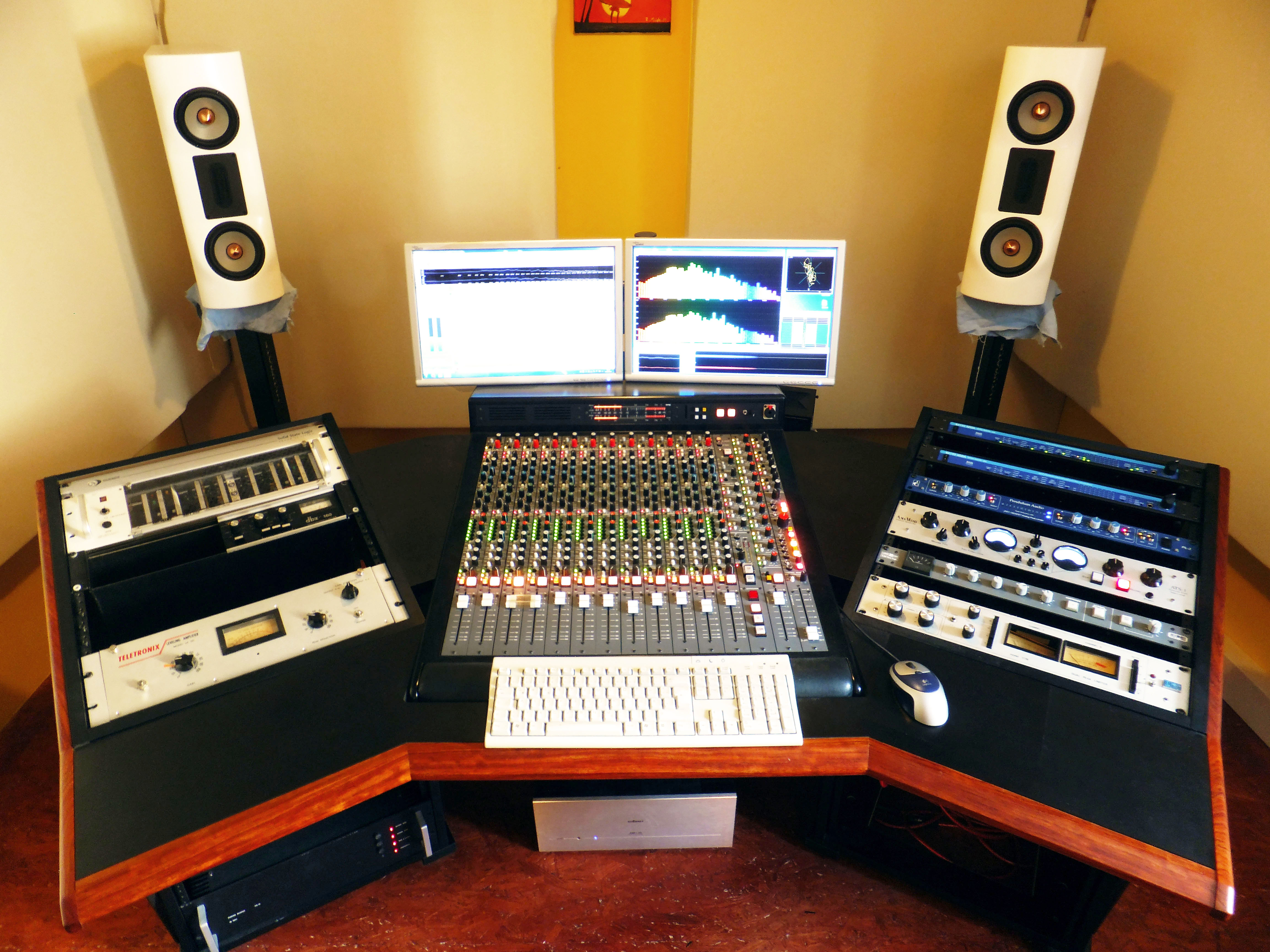 MASTERING FOR YOUR EDM TRACK