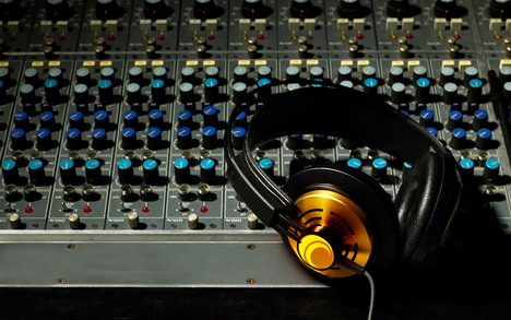 Professionally mix,  edit,  or master any audio/podcast