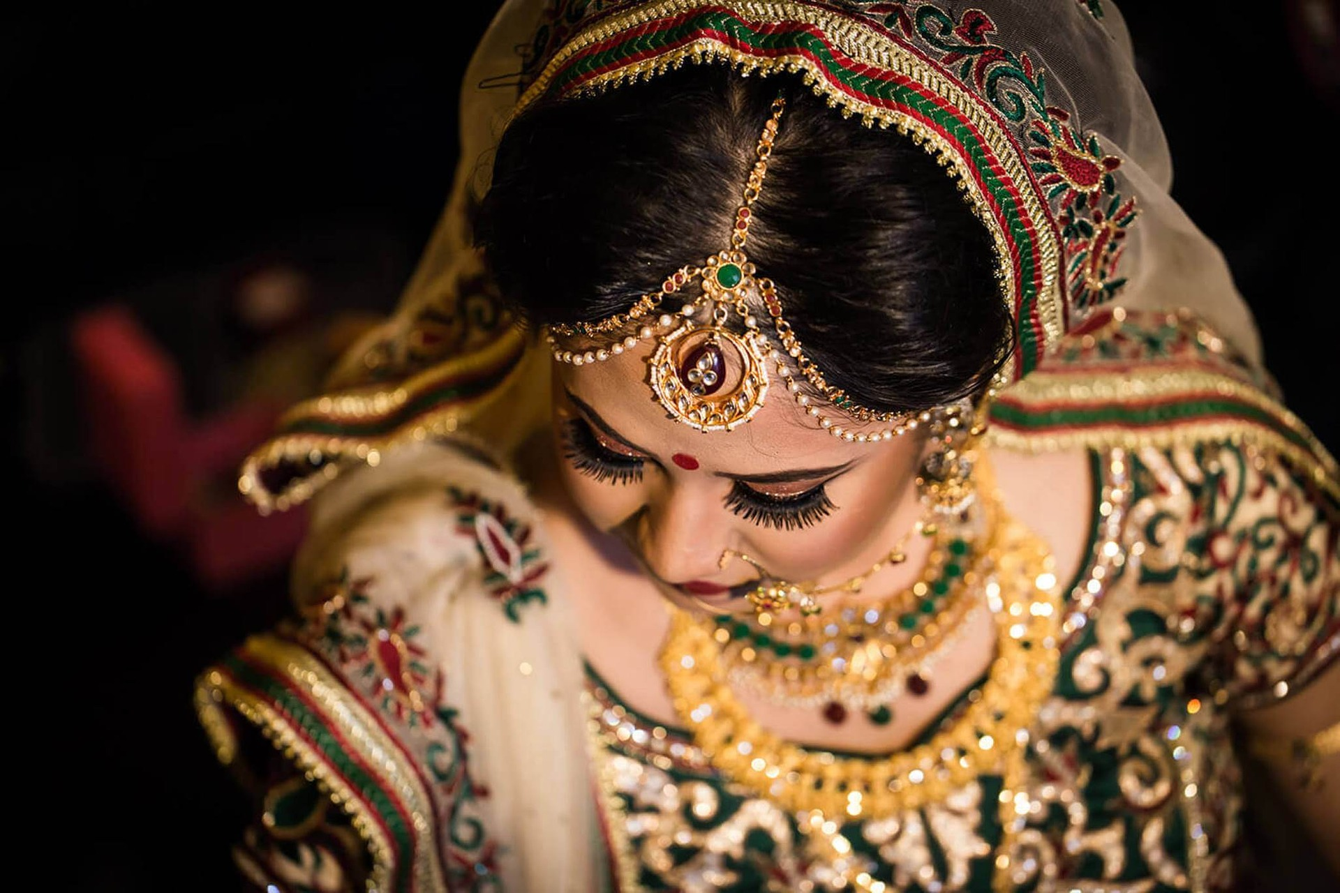 Indian Wedding Photo Editing only in One Day