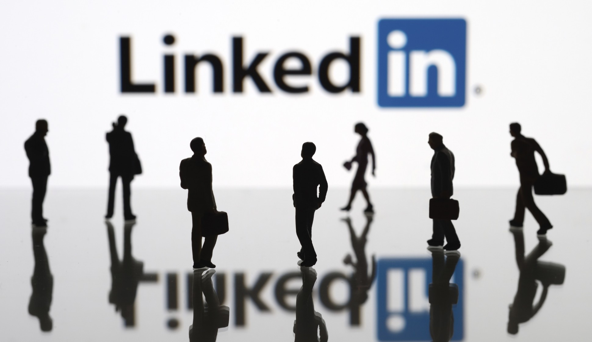 Promote Your Business Website Or Product To My 8,307 Linkedin connections