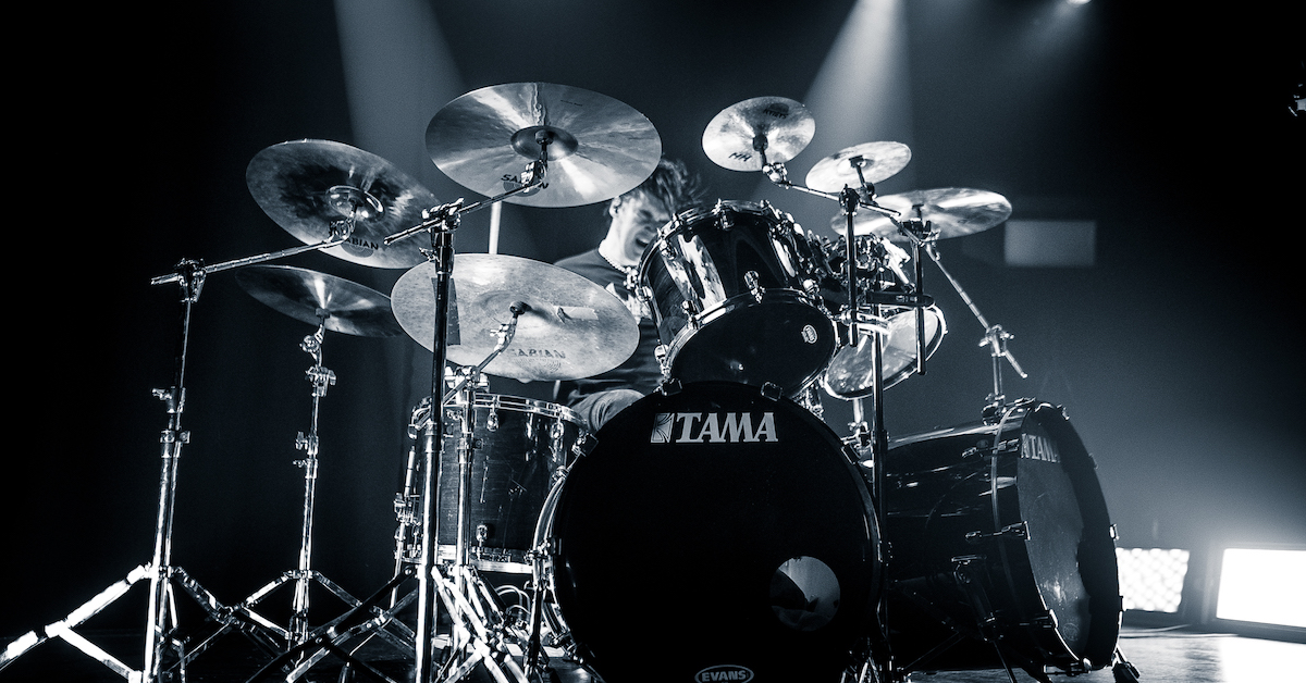 play and record a drum track for your video or project