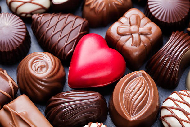 REASONS WHY WOMEN CRAVE CHOCOLATES