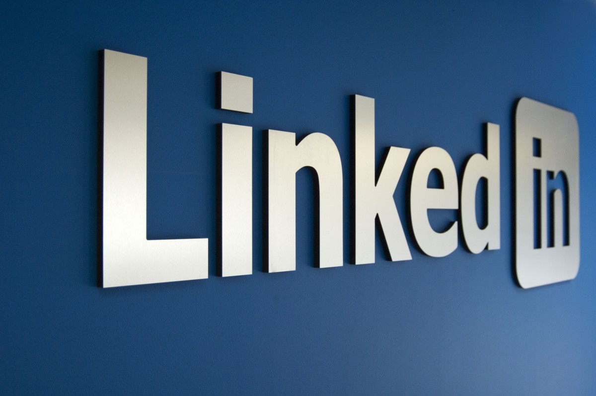 20,000 LinkedIn Shares for my url